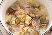 アサリとゴーヤのカレースープ仕立て