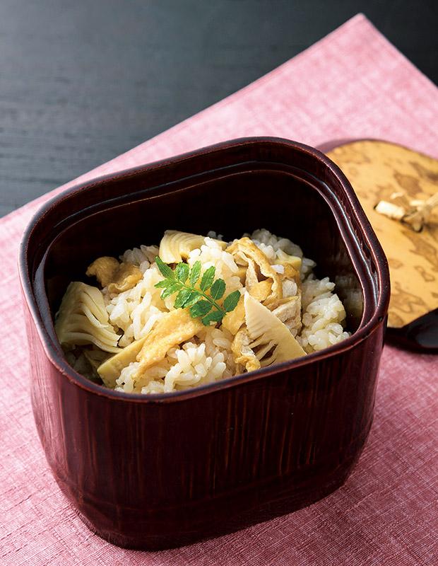 竹の子と油揚げの炊き込みご飯
