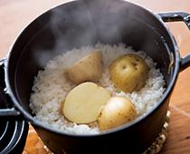 豚の生姜焼き&ヨーグルト風味のさっぱりポテサラ