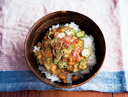 納豆とおくらのねばねば薬味丼