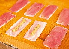 豚ヒレ肉とベーコンのロールカツレツ