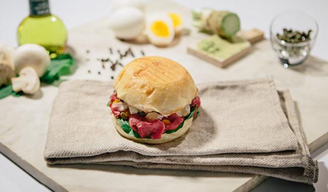 日本生まれの新豆乳素材を使用 もちもち食感が新しい和のパニーニ