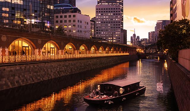 貸切舟で隅田川や神田川をクルーズ 「東京・冬の夕暮れ舟あそび」