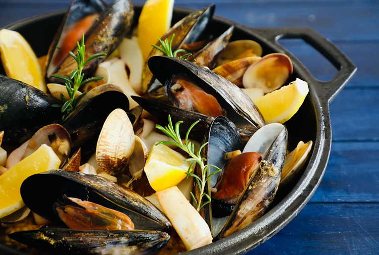 お出汁が決め手、簡単華やか! おもてなし料理⑩ 料理だけでもスペイン旅行!